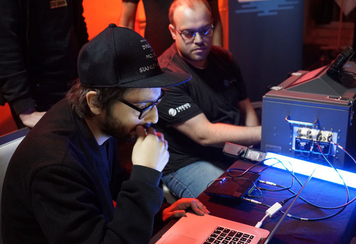 Pwn2Own Mobile Hacking Competition